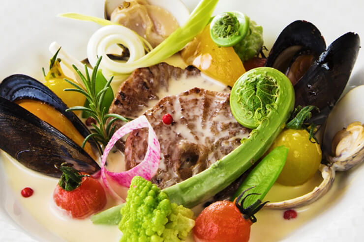 SAKURAフェア 春風ソースでいただく蔵王へそ大根 山菜・蛤添え